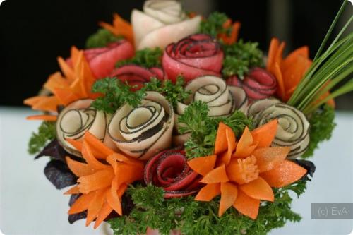 Цветы из фруктов и овощей